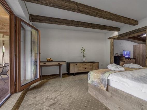 hotel Strachanovka - Jánska koliba
